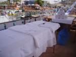 מרכז טיפולים באילת : אירועים פרטיים / אירועים פרטיים : עיסוי על יאכטה